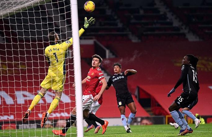 Quật ngã Aston Villa, Man United bắt kịp đội đầu bảng Liverpool - Ảnh 6.