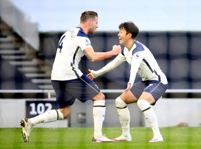 Son Heung-min chạm mốc 100 bàn thắng, Tottenham bay bổng Top 3 Ngoại hạng - Ảnh 7.