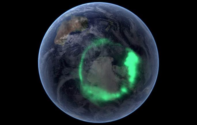 Thứ bí ẩn ở cực Bắc của Trái Đất đang ngấu nghiến vật chất Mặt Trời - Ảnh 1.