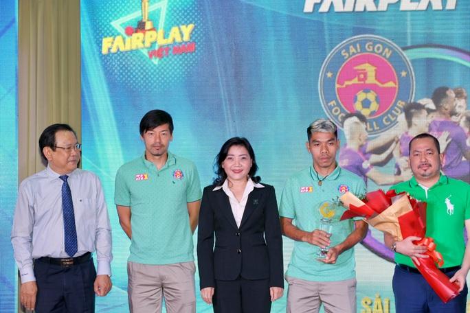 Fair Play 2020: Vinh danh cầu thủ futsal Nguyễn Nhớ - Ảnh 3.