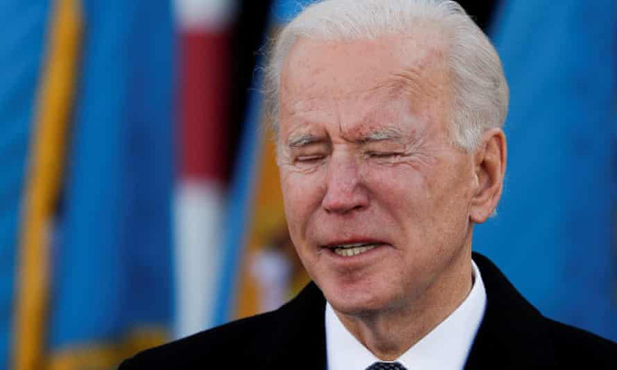Ông Biden xúc động rơi nước mắt trước khi đến Washington nhậm chức - Ảnh 2.