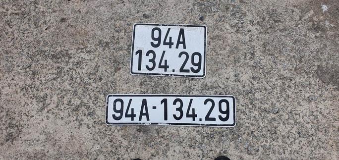 CLIP: Thuê ôtô rồi gắn biển số giả để làm… bậy - Ảnh 4.