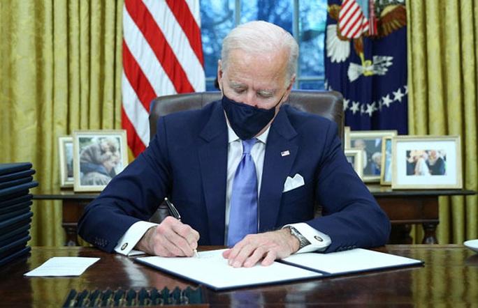 Tân Tổng thống Mỹ Joe Biden: Hủy bỏ nhiều chính sách của người tiền nhiệm - Ảnh 1.