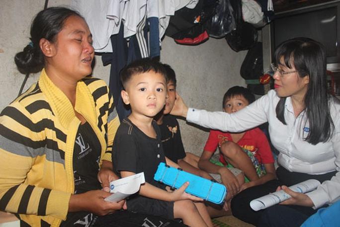 CEP trao yêu thương đến hộ nghèo - Ảnh 1.
