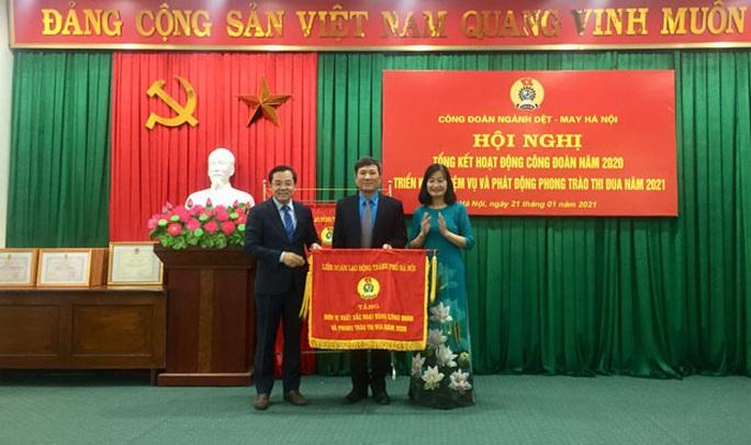 Hà Nội: Trên 9 tỉ đồng quà Tết cho đoàn viên, người lao động - Ảnh 1.