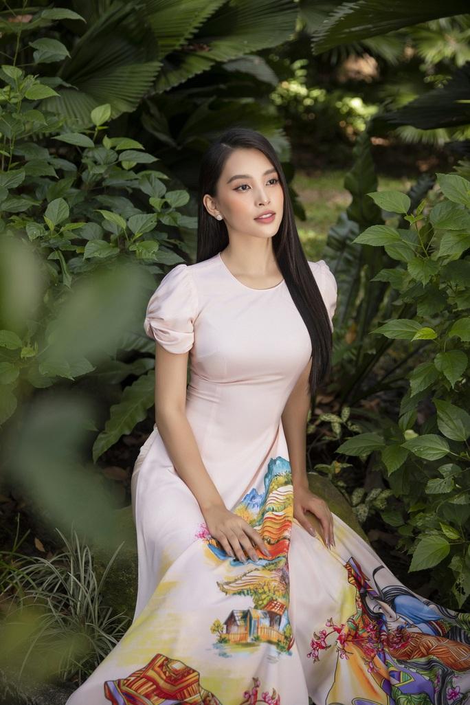 Trần Tiểu Vy xứng danh mỹ nhân - Ảnh 23.