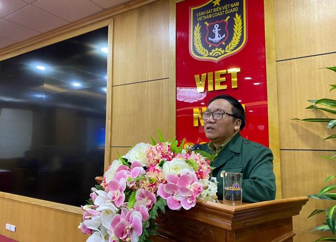 Ra mắt sách Tổ quốc nơi đầu sóng khắc hoạ hình ảnh cảnh sát biển Việt Nam - Ảnh 2.