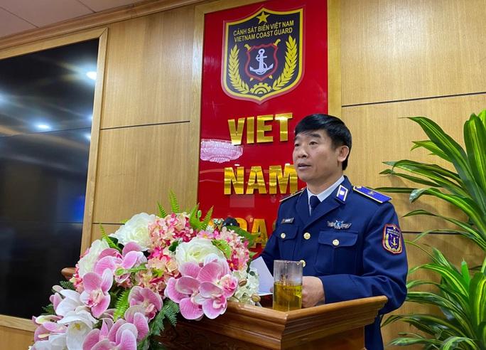 Ra mắt sách Tổ quốc nơi đầu sóng khắc hoạ hình ảnh cảnh sát biển Việt Nam - Ảnh 1.