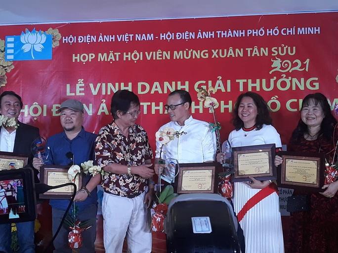 Hứa Vĩ Văn, Khả Ngân được Hội Điện ảnh TP HCM vinh danh - Ảnh 6.