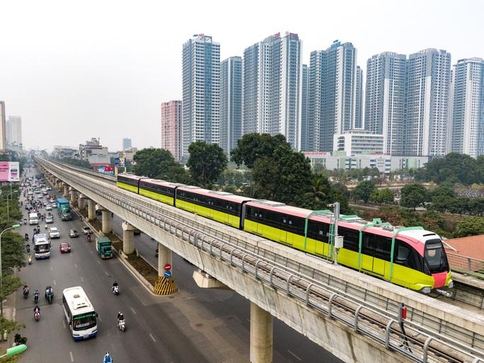 Cận cảnh tàu tuyến metro Nhổn-ga Hà Nội chạy thử 5 km - Ảnh 1.