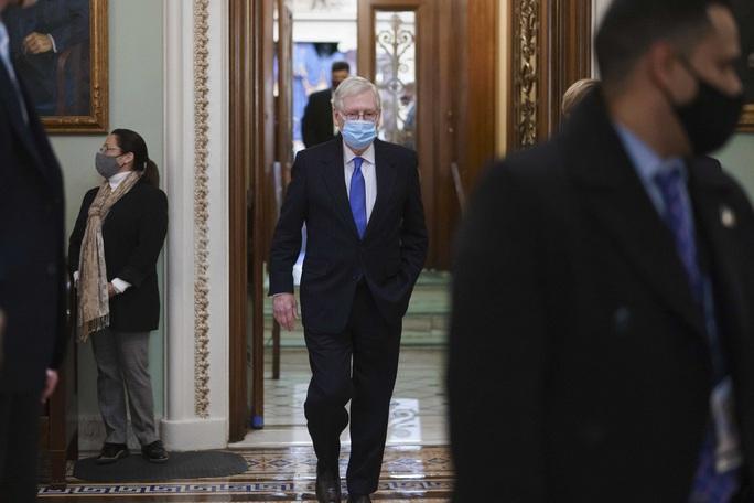 Phiên xử luận tội tại Thượng viện: Ông Trump chật vật tìm luật sư - Ảnh 1.