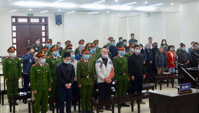 Bất ngờ hoãn toà xét xử ông Đinh La Thăng, Trịnh Xuân Thanh - Ảnh 1.