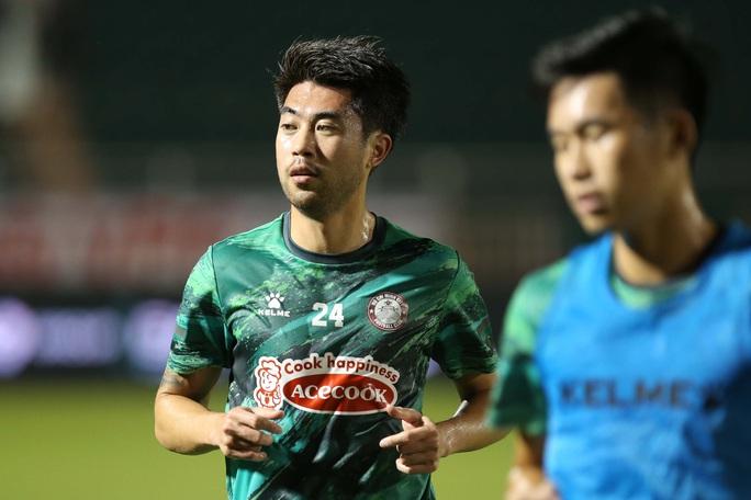 Lee Nguyễn tái xuất, TP HCM thắng trận đầu tiên tại V-League 2021 - Ảnh 1.