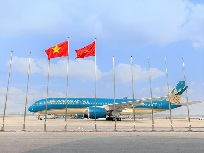 Ngày bay cao điểm nhất phục vụ đại biểu dự Đại hội Đảng XIII - Ảnh 1.