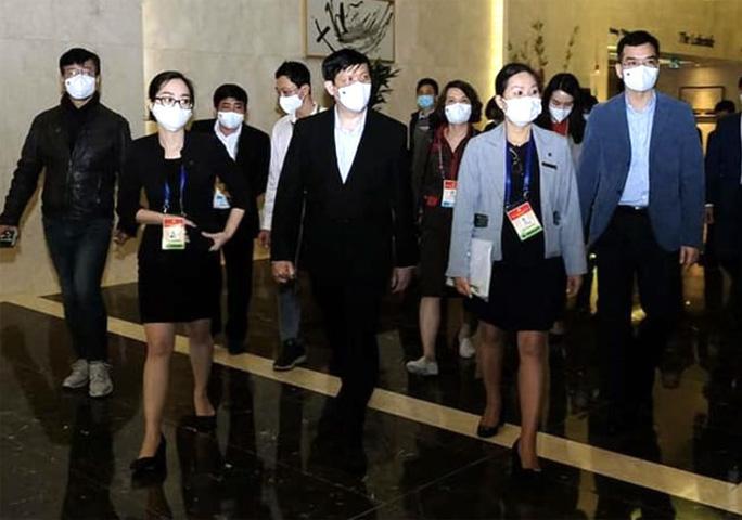 Tất cả đại biểu và người phục vụ Đại hội XIII đều 2 lần âm tính với SARS-CoV-2 - Ảnh 1.