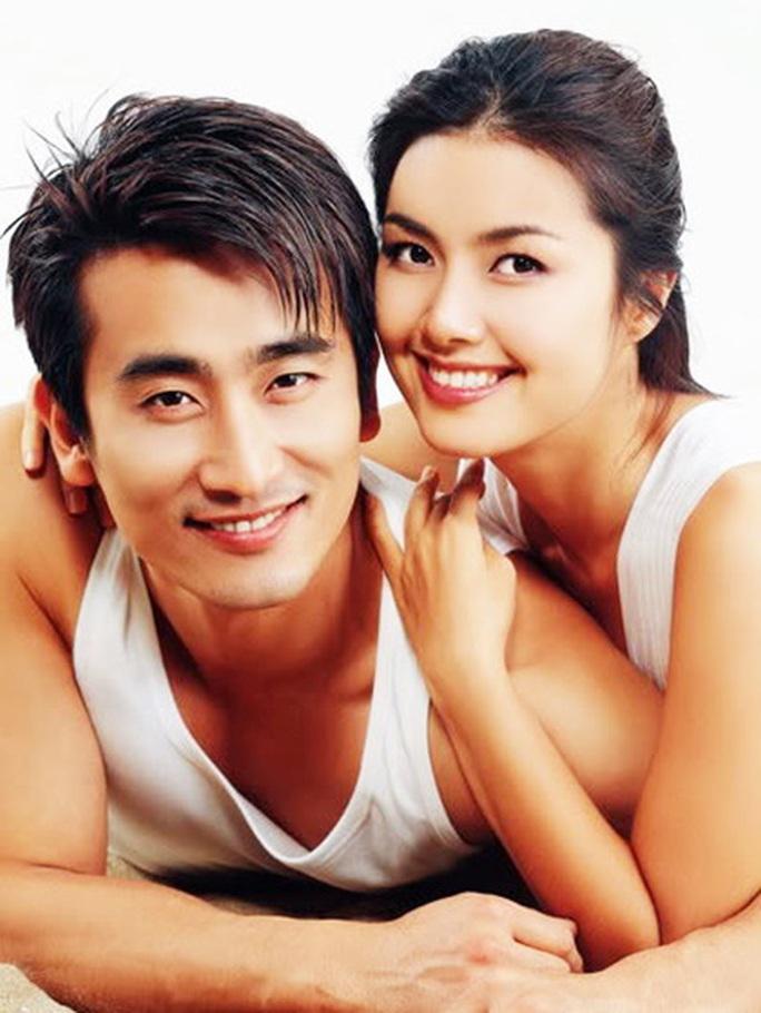 """""""Ông trùm"""" Cha In Pyo hé lộ cuộc sống hôn nhân cùng Shin Ae Ra - Ảnh 4."""