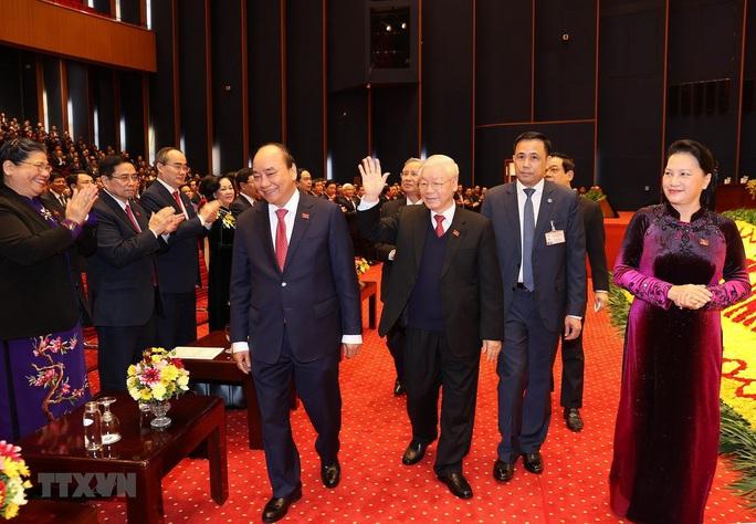 Chùm ảnh: Tổng Bí thư, Chủ tịch nước và các đại biểu dự phiên trù bị Đại hội XIII - Ảnh 1.