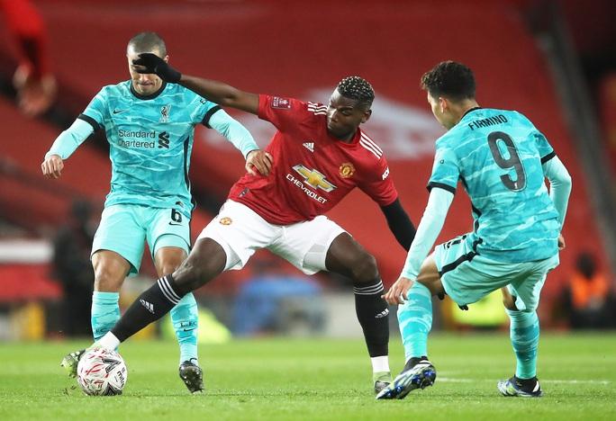 Rượt đuổi kịch tính tại Old Trafford, Man United quật ngã Liverpool ở FA  Cup - Ảnh 2.