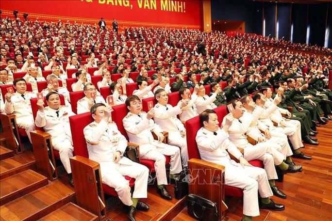 Bầu Đoàn Chủ tịch Đại hội XIII gồm 17 thành viên - Ảnh 8.