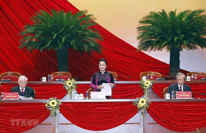 Bầu Đoàn Chủ tịch Đại hội XIII gồm 17 thành viên - Ảnh 3.