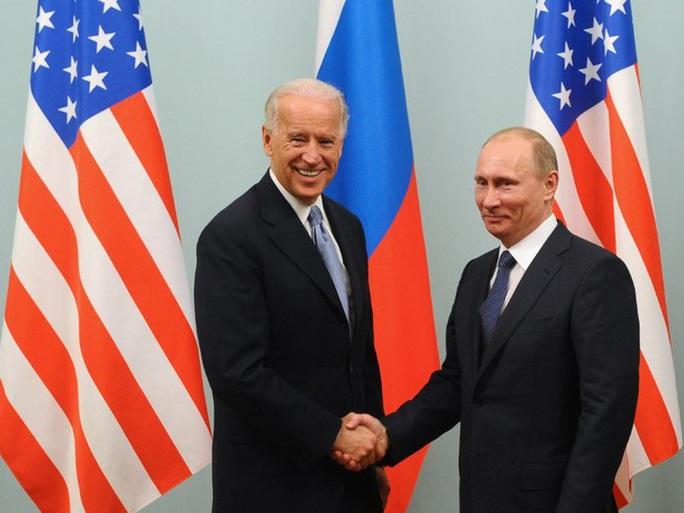 Tổng thống Nga-Mỹ nói gì trong cuộc điện đàm đầu tiên? - Ảnh 1.