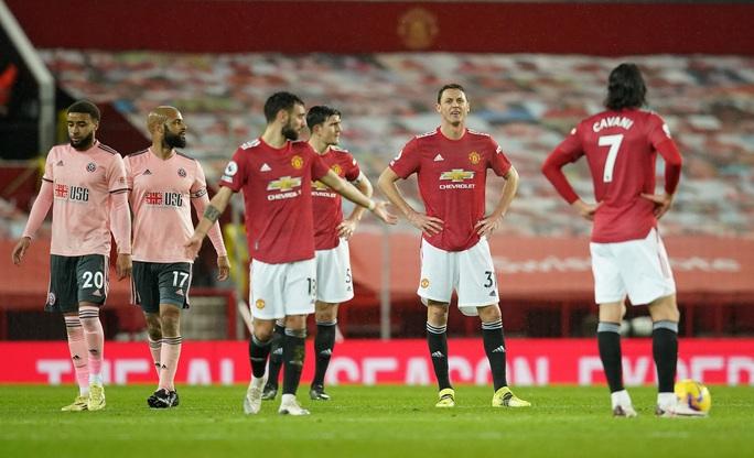 HLV Solskjaer nói gì khi Man United thua đội chót bảng, mất ngôi đầu? - Ảnh 3.
