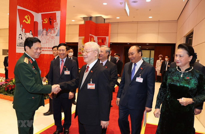 Chùm ảnh: Tổng Bí thư, Chủ tịch nước dự phiên thảo luận các văn kiện Đại hội XIII - Ảnh 3.