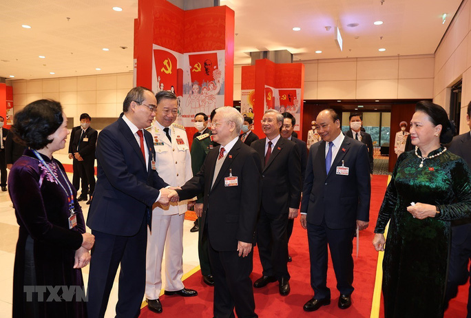 Chùm ảnh: Tổng Bí thư, Chủ tịch nước dự phiên thảo luận các văn kiện Đại hội XIII - Ảnh 7.