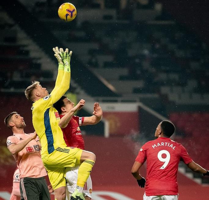 Thua sốc đội chót bảng, Man United mất trắng ngôi đầu Ngoại hạng - Ảnh 4.
