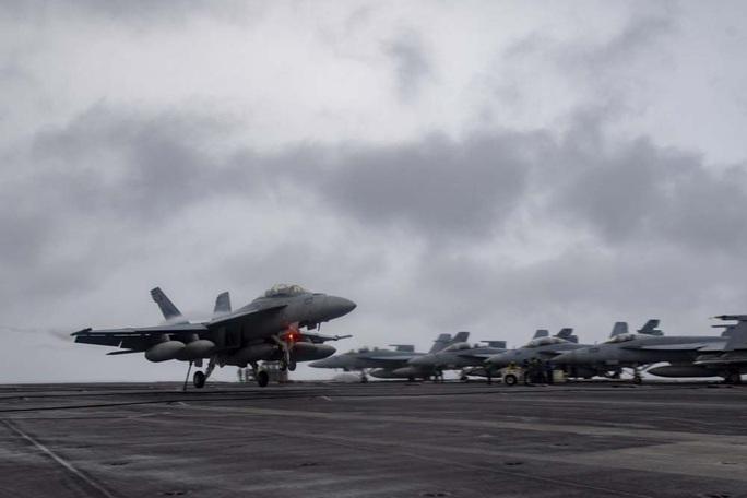 Liên minh Mỹ đối trọng Trung Quốc ở biển Đông - Ảnh 1.