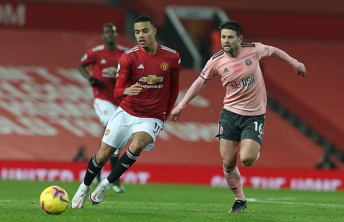 Thua sốc đội chót bảng, Man United mất trắng ngôi đầu Ngoại hạng - Ảnh 3.