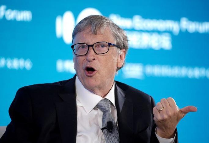 """Tỉ phú Bill Gates """"sốc"""" với hàng triệu thuyết âm mưu Covid-19 nhằm vào mình - Ảnh 1."""