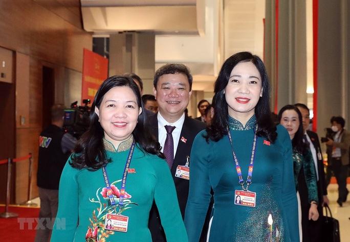 Các nữ đại biểu tham dự Đại hội XIII của Đảng - Ảnh 16.