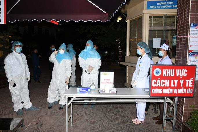 Bệnh viện Nhi Hải Phòng bị phong tỏa, nội bất xuất, ngoại bất nhập - Ảnh 2.