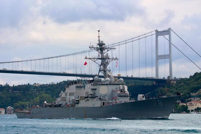 Tàu khu trục tên lửa Mỹ tiến vào Biển Đen bất chấp Nga phản đối  - Ảnh 1.