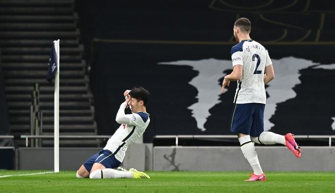 Bùng nổ bàn thắng, Liverpool vùi dập Tottenham ở London - Ảnh 1.