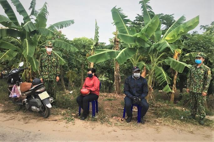 1 phụ nữ Việt và người đàn ông Nigeria vi phạm quy chế biên giới - Ảnh 1.