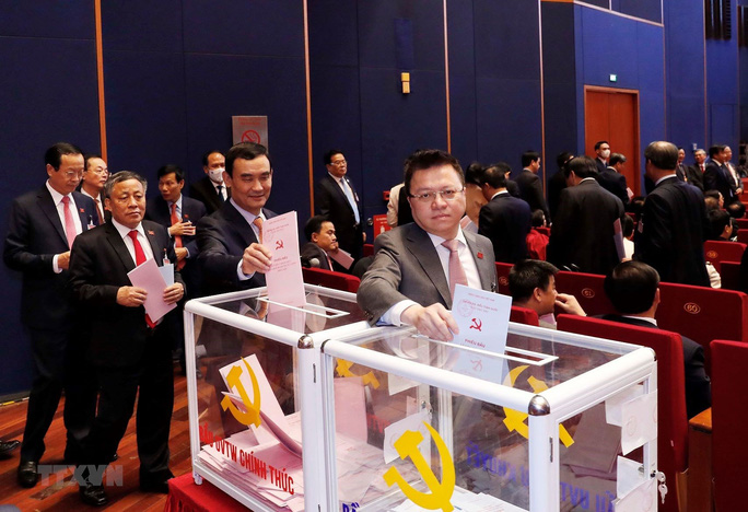 Chùm ảnh: Bỏ phiếu bầu Ban Chấp hành Trung ương khóa XIII - Ảnh 9.