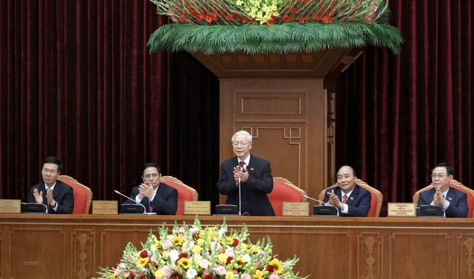 Bầu Bộ Chính trị khóa XIII gồm 18 thành viên - Ảnh 1.