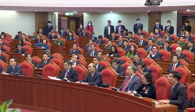 Chùm ảnh: Trung ương khóa XIII họp bầu Bộ Chính trị, Tổng Bí thư - Ảnh 6.