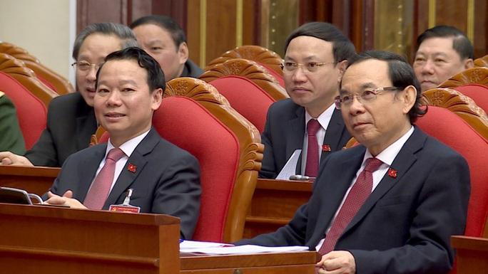 Chùm ảnh: Trung ương khóa XIII họp bầu Bộ Chính trị, Tổng Bí thư - Ảnh 7.