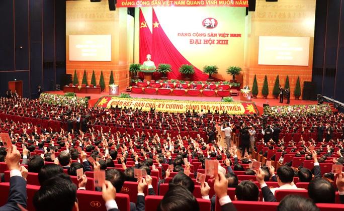 Ra mắt Ban Chấp hành Trung ương Đảng khóa XIII - Ảnh 2.