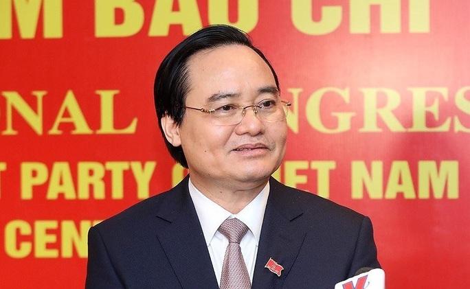Ông Phùng Xuân Nhạ và ông Triệu Tài Vinh không trúng cử Trung ương khóa XIII - Ảnh 1.