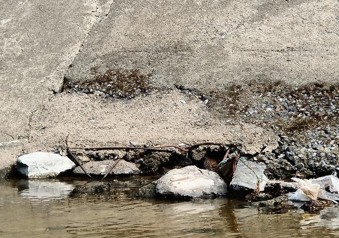Kênh 4.300 tỉ đứt gãy giữa mùa khô: Lộ nhiều điểm nứt, hư hỏng sau sự cố - Ảnh 12.