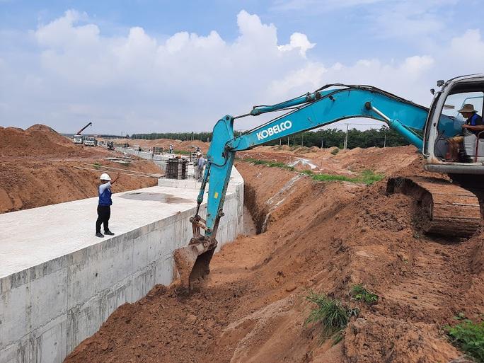 Khởi công xây dựng sân bay Long Thành - Ảnh 1.