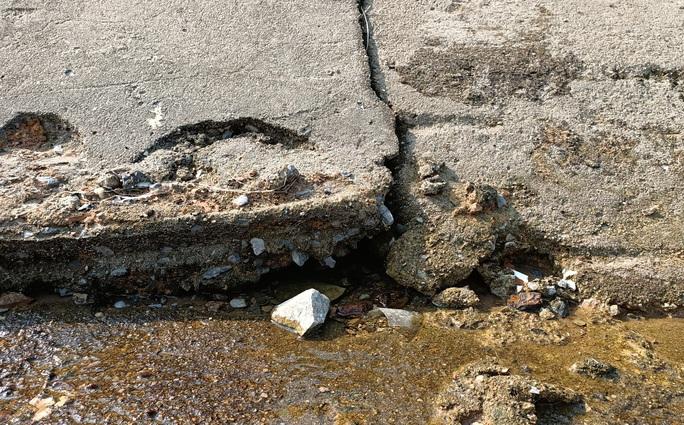 Kênh 4.300 tỉ đứt gãy giữa mùa khô: Lộ nhiều điểm nứt, hư hỏng sau sự cố - Ảnh 7.