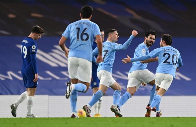Chelsea thảm bại trước Man City, Lampard hồi hộp chờ bị sa thải - Ảnh 2.