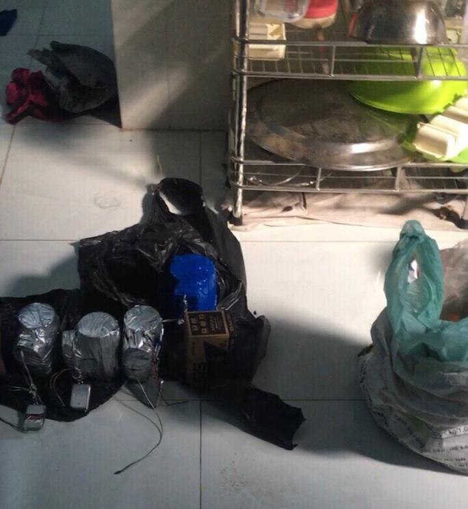 CLIP: Một số hình ảnh về vụ nổ ở TP HCM do Tổ chức khủng bố Triều đại Việt gây ra - Ảnh 4.