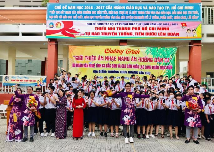Nỗ lực đưa âm nhạc dân tộc vào học đường - Ảnh 1.