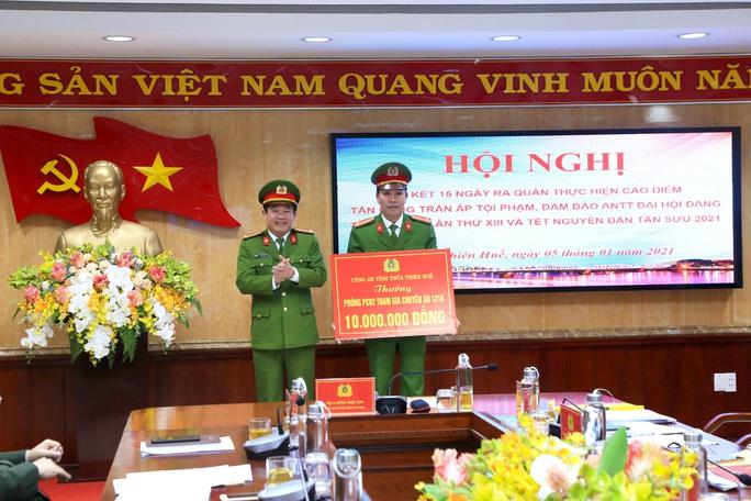 Nửa tháng ra quân, Công an Thừa Thiên – Huế phá nhiều chuyên án lớn - Ảnh 2.